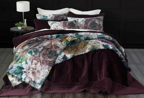 Florentina Port Embroidered Velvet Queen Bedspread