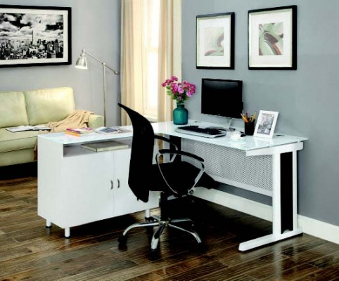 Criterion Apex 1400 White Desk W/Glass Top