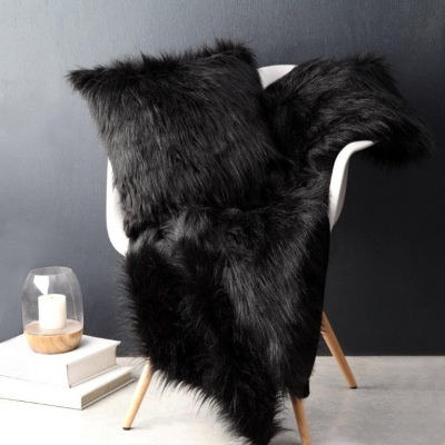 L&M Barkley Black Faux Fur Throw Rug 130X180CM