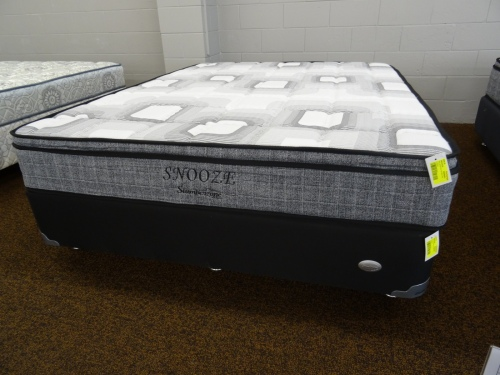 Snooze Queen Mattress & Base Bonnel Spring