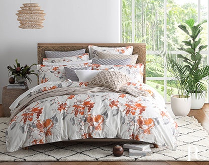 Private Collection Lidia Saffron King Duvet