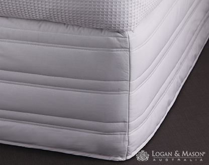 L&M Cotton/Poly White Double Easy Fit Valance